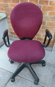 Kolečková kancelářská židle nastavitelná