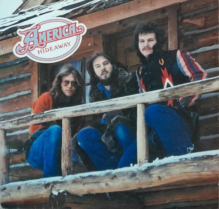 AMERICA-HIDEAWAY - Hudba