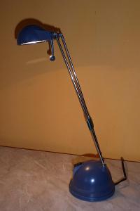 stolní lampa