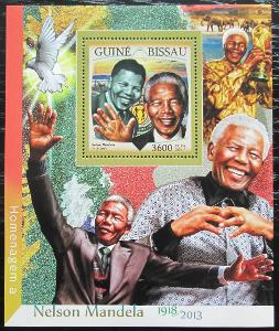 Guinea-Bissau 2016 Nelson Mandela Mi# Block 1502 Kat 13.50€ 2475