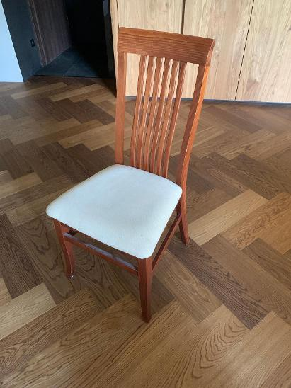 Velký rodinný jídelní stůl + 6 židlí - Nábytek