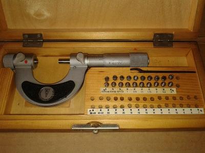 mikrometr na měření závitů 0-25