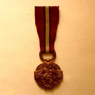 pěkné Vyznamenání 1914-18 1.Světová Válka .Legie