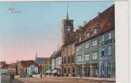 Cheb (Eger)- část náměstí, radnice, kolorovaná