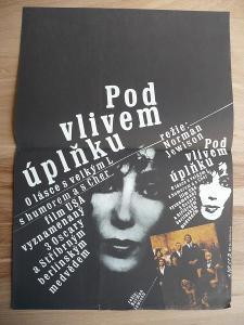 Pod vlivem úplňku (filmový plakát, film USA 1987, reži