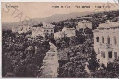 Cirkvenica (Chorvatsko, Jugoslávie) pohled na měst