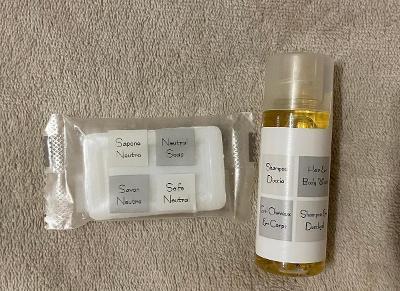 Šampón a sprchový gel 2v1 30ml + přírodní mýdlo 12g