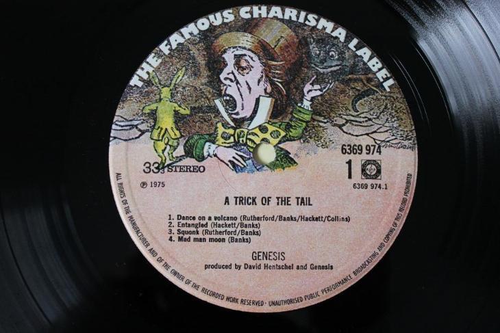 Genesis – A Trick Of The Tail LP 1975 vinyl NL 1.press jako nove NM - Hudba