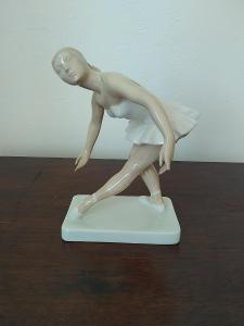 Royal dux porcelánová soška baletka