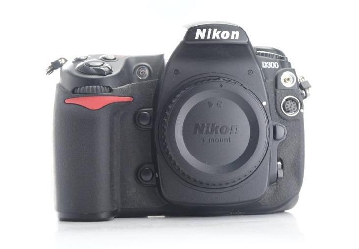 NIKON D300 - Foto