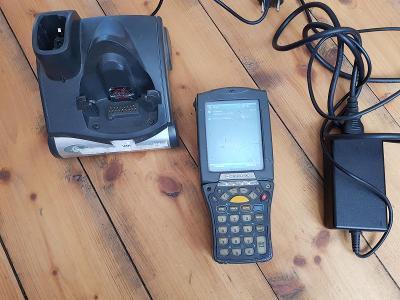 Dotyková čtečka čarových kódů Motorola MC9000 PC 20.000 Kč