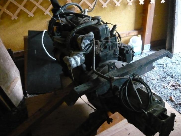 Motor s převodovkou Multikat M22 - Pracovní a zemědělské stroje