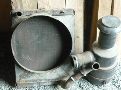 Chladič a vzduchový filtr Multikar M22