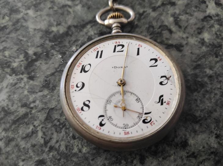 Staré kapesní hodinky Doxa - Starožitnosti