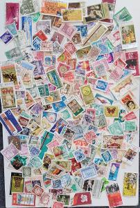 Každá jiná - poštovní známky DDR 345ks