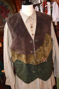 Dobová kožená vesta vel. M (50)