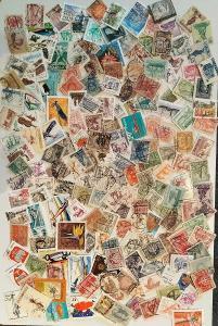 Každá jiná - poštovní známky Polska 184ks