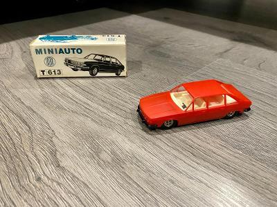 KDN  Kaden  Tatra 613 cervena  Ites igra
