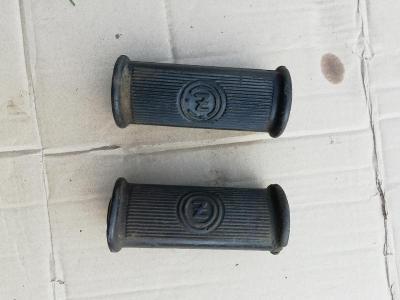 Původní gumy předních stupaček ČZ 125 B nebo T 150 C Originál