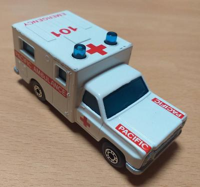 Matchbox-41C Ambulance Verze pro USA
