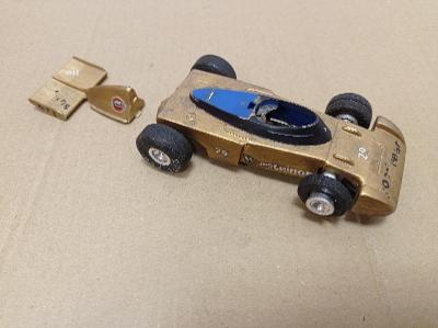 Ites autíčko Tyrrell autodráha stará hračka