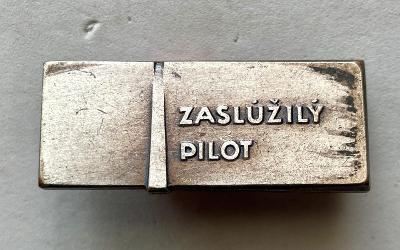 VOJENSKÝ ODZNAK -SLOVENSKO-ZASLÚŽILÝ PILOT