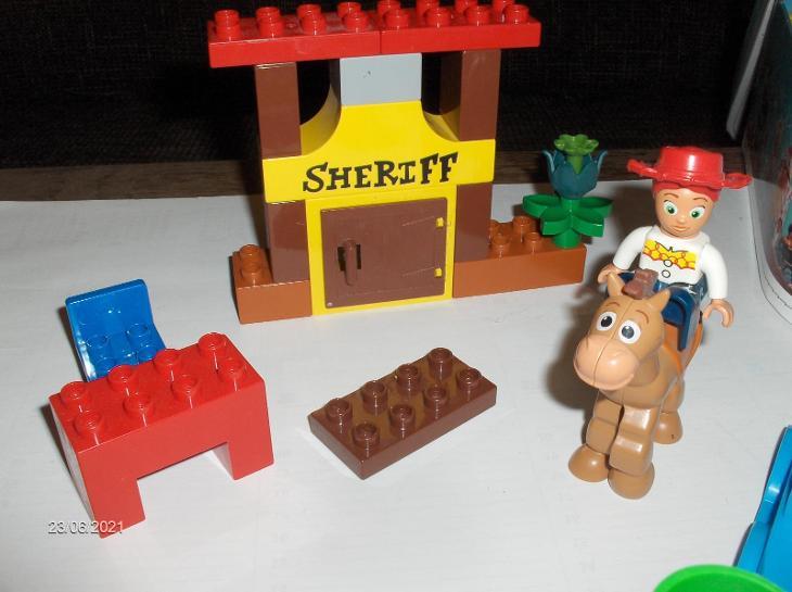 LEGO Duplo Sheriff + neoriginální kostky obdobné Duplu - Hračky