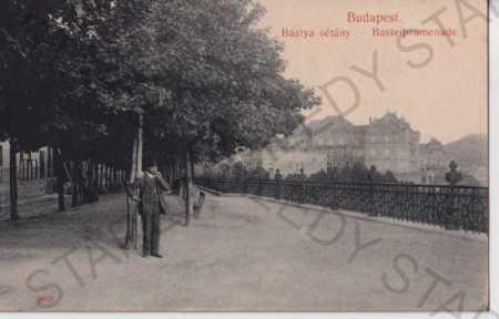 Budapešť (Maďarsko) proměnáda, postava
