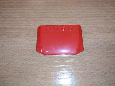 Lego díl 52031 - kapota červená