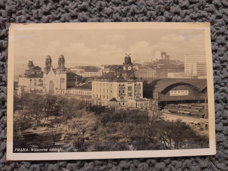 Stará pohlednice,Praha- Wilsonovo nádraží,prošlá  - Pohlednice