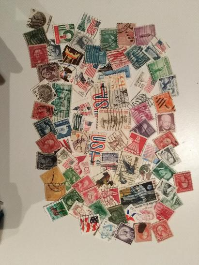 Každá jiná - poštovní známky USA 81ks  - Filatelie