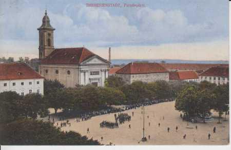 Terezín, náměstí, kostel, kolorovaná