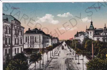 Opava (Troppau), Olomoucká ulice, tramvaje, koloro