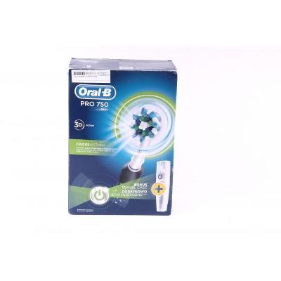Zubní kartáček  Oral B Pro 750