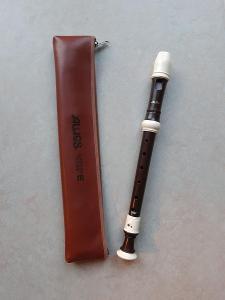 Zobcová flétna aulos soprano e 703BW