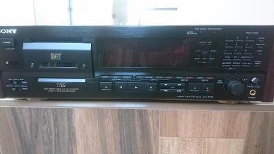 SONY DAT DTC-77ES, Digitál audio tape deck, TOP stav