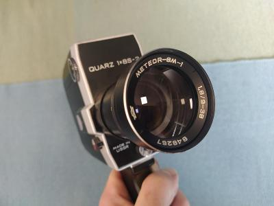 QUARZ 1x8S-2 Film kamera s obj. METEOR-8M-1 1.8/9-38 mm