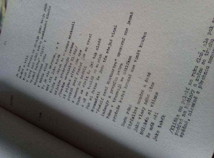 Korunovační blues. Pásmo z veršů Václava Hraběte. Dilia 1982 scénář  - Knihy