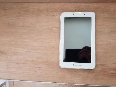 LCD display pro tablet Lenovo IdeaTab A3000 - VADA NA ND