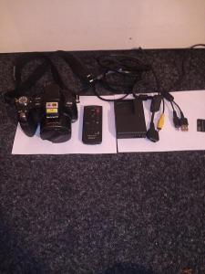 Digitální Fotoaparát SONY Cyber-shot RMT-DSC 2+kompletní příslušenství