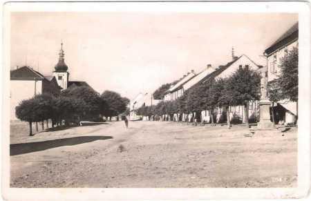 Mirošov (Miroschau) - náves