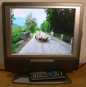 malá LCD televize VENTURER 15 palců 38cm 4:3 bez dálkového ovládání