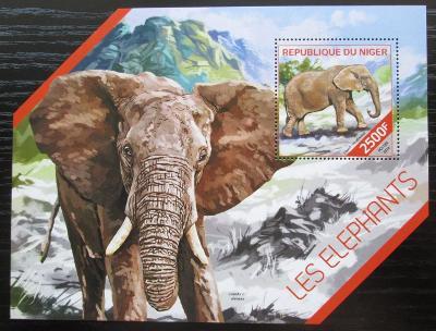 Niger 2014 Sloni Mi# Block 308 Kat 10€ 2513