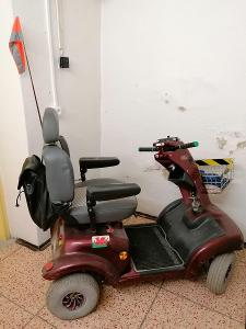 Elektrický vozík pro seniory s novým  akumulátorem. Servisovaný