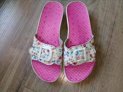 Pantofle vel.36