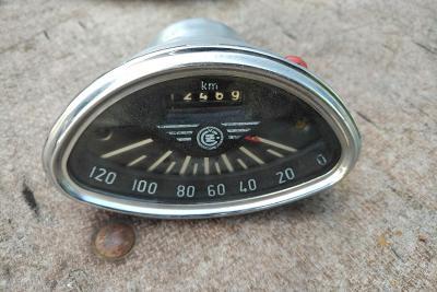 Jawa ČZ 125 175 kývačka deluxe tachometr do 120 km/h