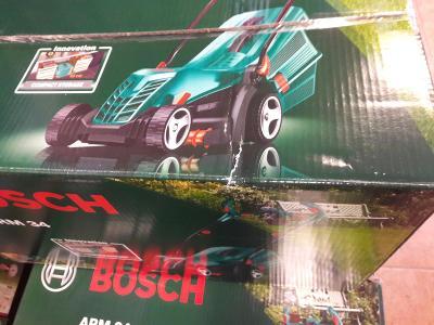 Bosch ARM 34 - poškozený obal