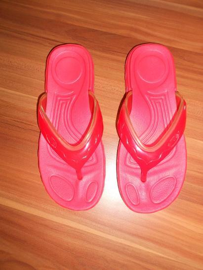 Pantofle-žabky - Dámské boty