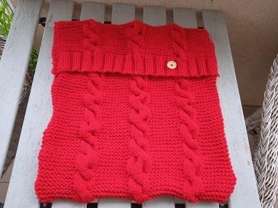 ručně pletený polštář