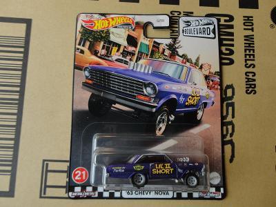 Hot Wheels 63 Chevy Nova.Rozbalený.Krabička je otevřena.